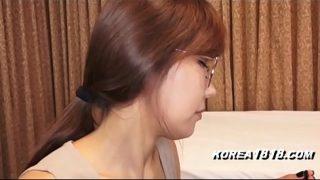พริตตี้สาวญี่ปุ่น หุ่นดีหน้าสวยโดนแฟนหนุ่มเงี่ยนจัดลากเข้าไปเย็ดหีในโรงแรม