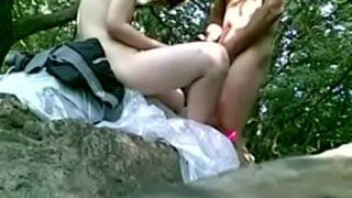 แอบถ่ายวัยรุ่นไทย ใจแตกแอบมาเย็ดกันที่ริมน้ำตกผู้หญิงอย่างแจ่ม